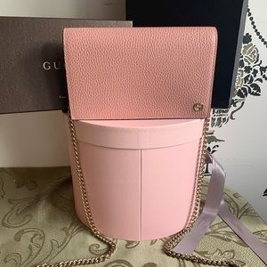 Gucci Leather Pink Crossbody Bag